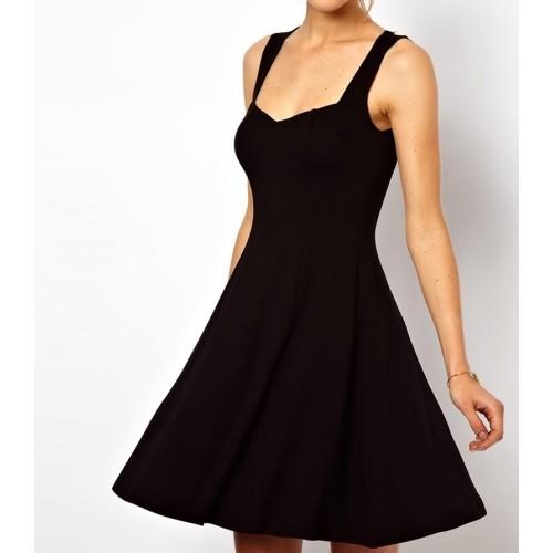 kalp yaka askılı sırtı kapalı mini elbise