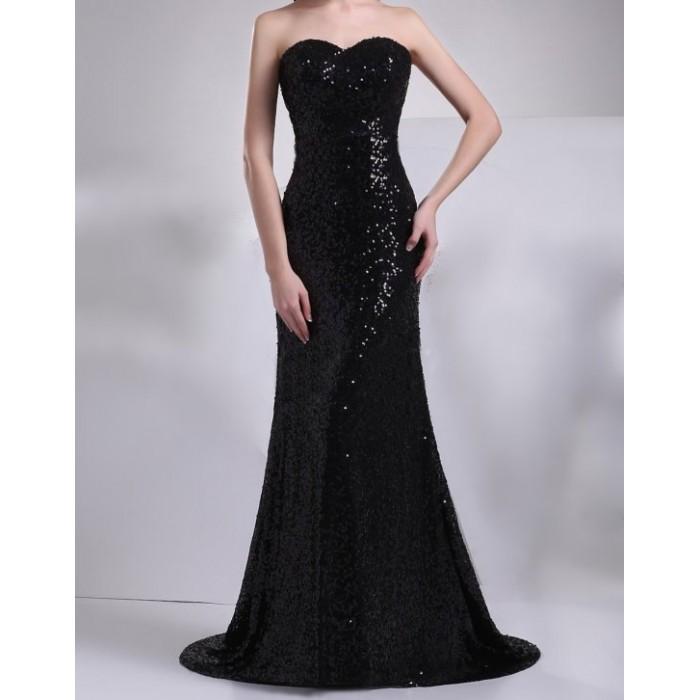 kalp yaka payetli kuyruklu uzun elbise