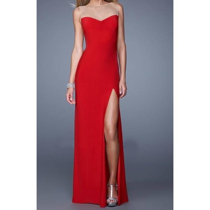 kalp yaka straplez model tüllü uzun elbise