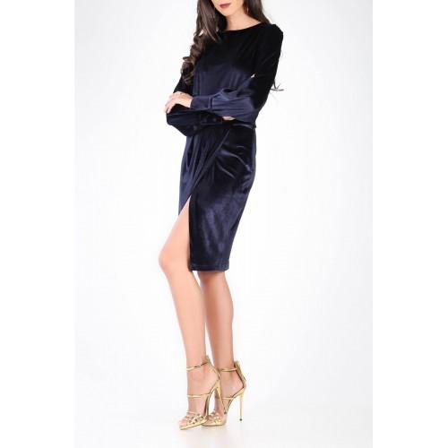 anvelop etekli uzun kollu midi kadife elbise