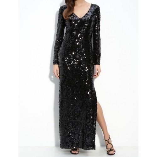 derin yırtmaçlı v yaka pullu abiye elbise