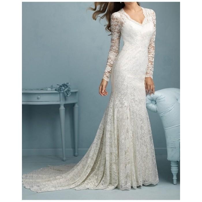 sırt açık dantel uzun kol v yaka düğmeli kuyruklu elbise gelinlik