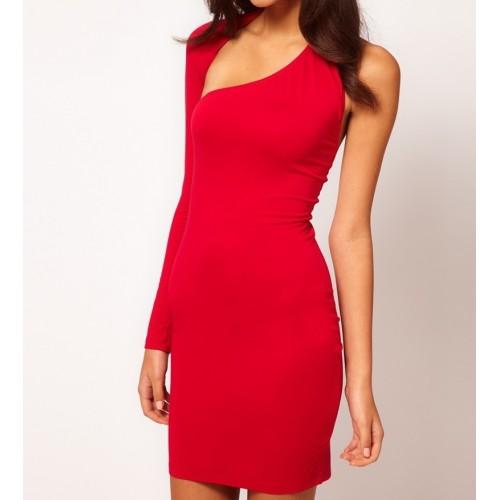 sırt detaylı tek kol harika bir tasarım mini elbise